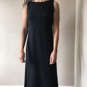 Short sleeve, straight line black dress